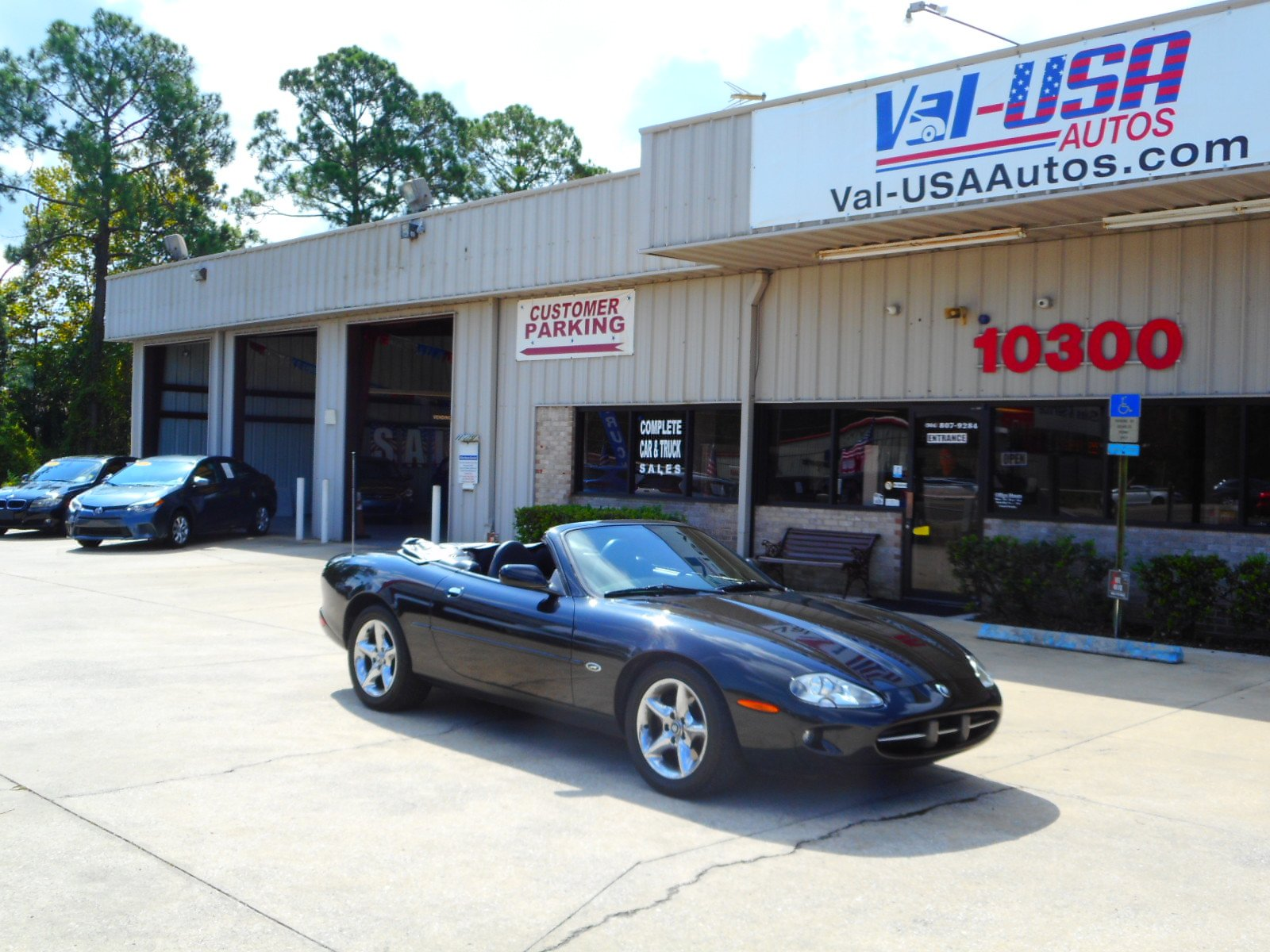 Charming Pre Owned 2000 Jaguar XK8